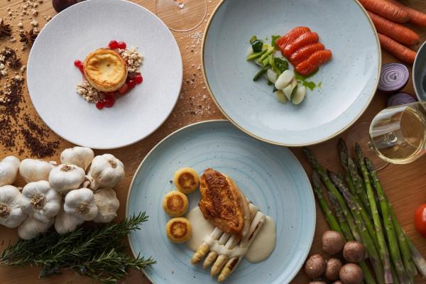 """Vegetarisches 3-Gänge Spargelmenü zur """"Spargelwein Sause"""" - Rührberger Hof - Versand deutschlandweit"""