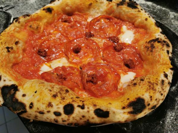 """Napoletanische Pizza """"Schwein gehabt"""" - 13,50 € (Vorbestellung)"""